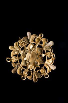Ancient gold pendant